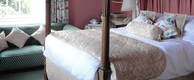 The Lynch Country House - The Goldington Room